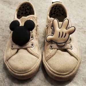 Disney Mickey Mouse Canvas Zara Sneakers